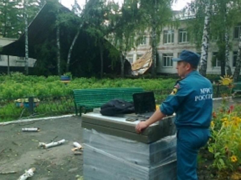 ВКурской области ветер сорвал крышу интерната для интеллектуально отсталых детей