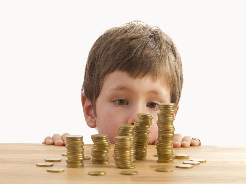 Курянин задолжал сыну более 500 тысяч рублей алиментов
