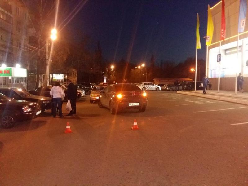 ВКурске мопед врезался виномарку. Пострадала 17-летняя девушка