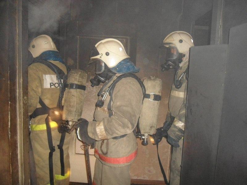 Курянин умер впожаре вквартире