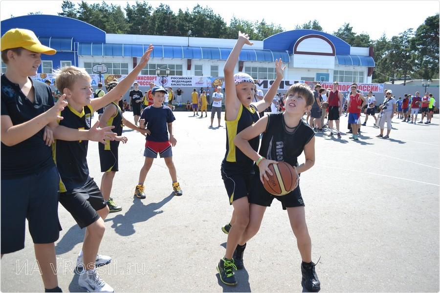 В Курске разыграют «Оранжевый мяч»